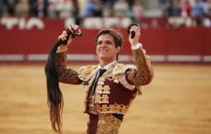 cuanto-gana-un-torero-570x364